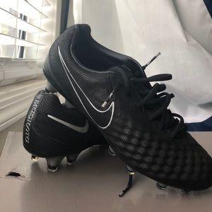 Brand new Nike cleats!!